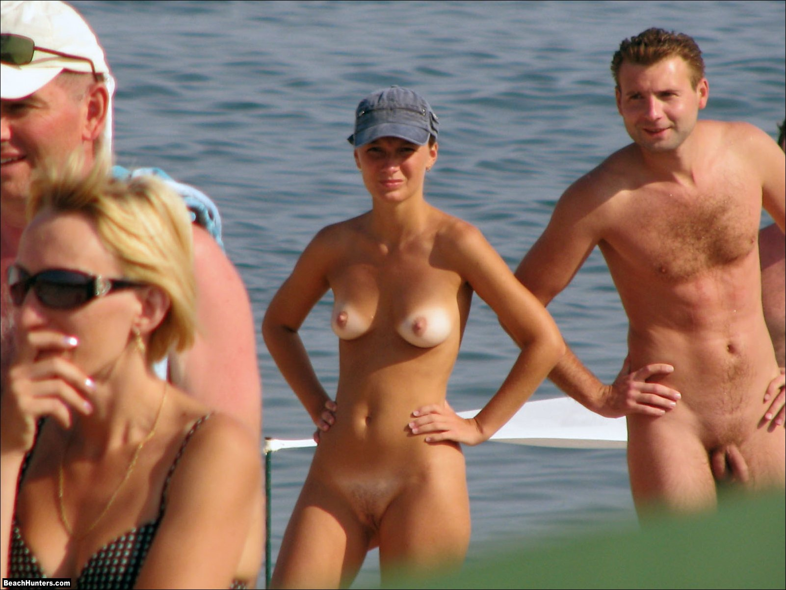 girls naked on bedswith boys