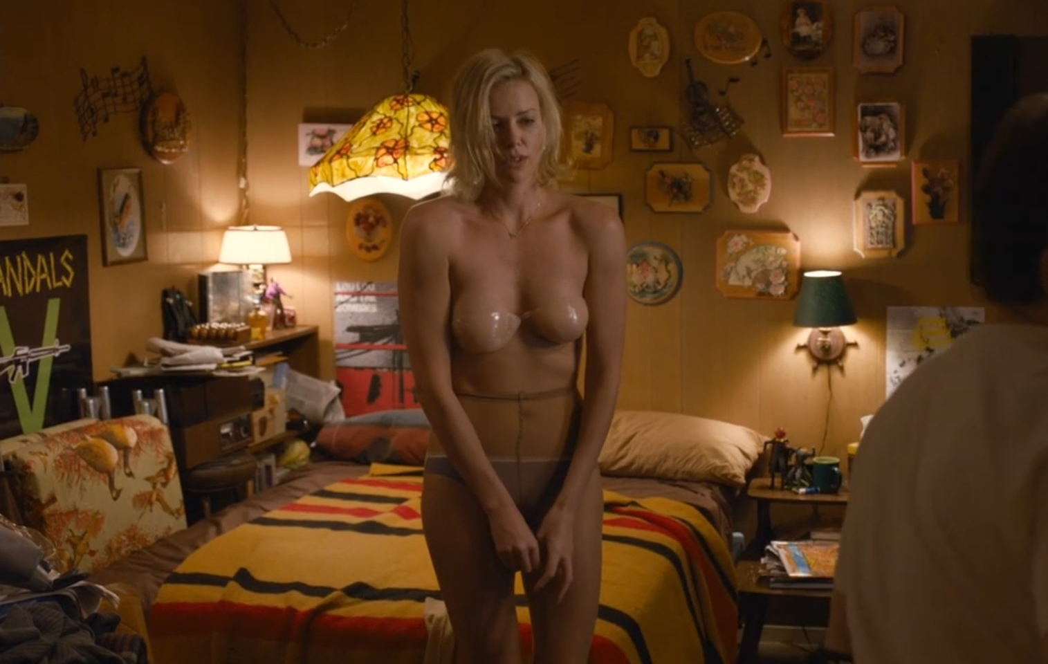 genevieve goings naked